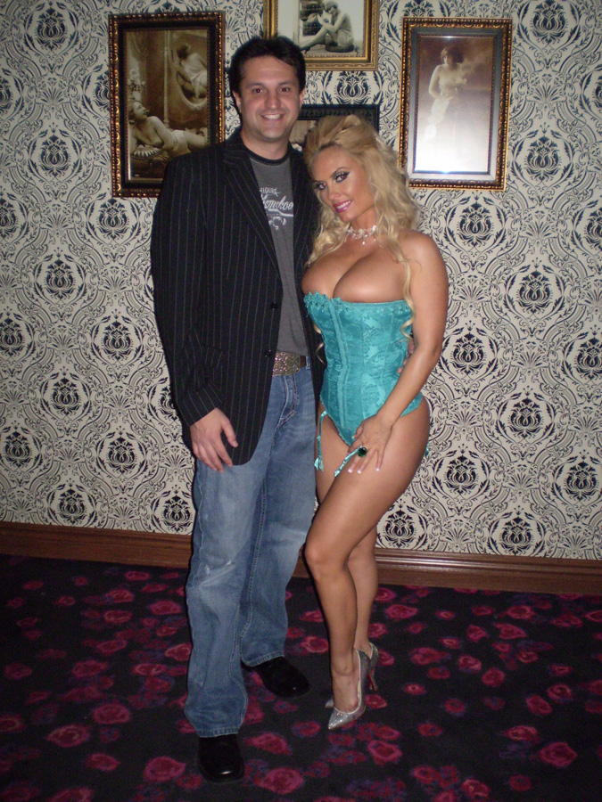 Nicole Coco Austin couple
